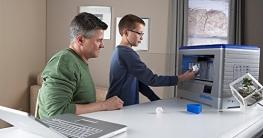 Dremel 3D-Drucker Idea Builder, Filamentspule weiß, Stromkabel, USB-Kabel, SD-Karte, Spulenarretierung, Druckmatte, Nivellierblatt, Reinigungsdorn, Karton - 6